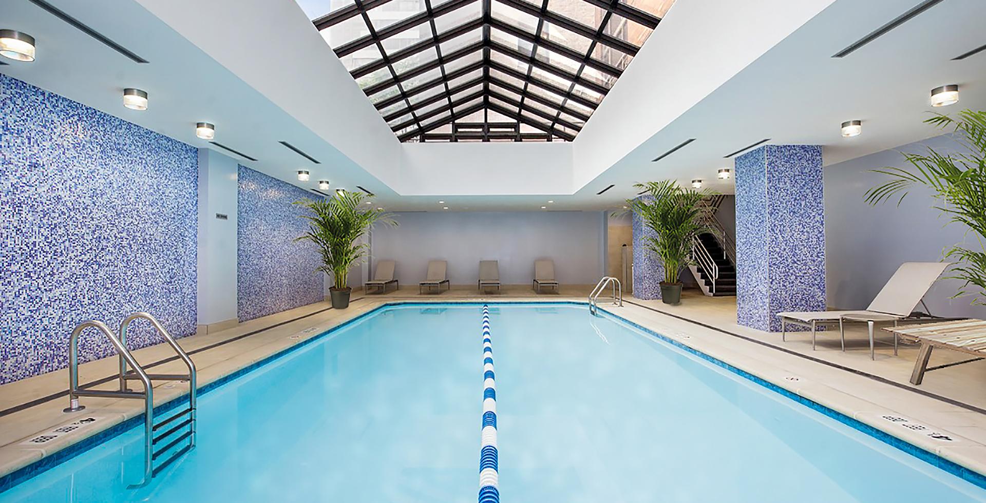 Pool  1920x980